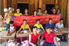 Công đoàn Công ty TNHH Keysheen Việt Nam, KCN Quế Võ làm công tác từ thiện tại Quan Sơn, Thanh Hóa